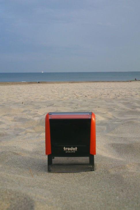 Tampon Trodat à la plage