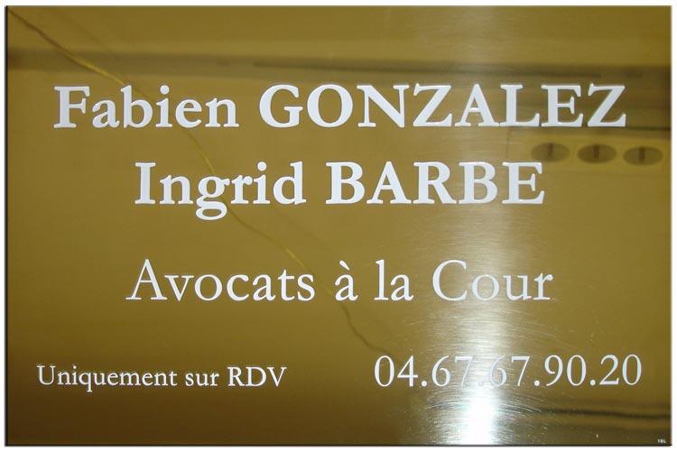 Plaque d'avocat en laiton gravure blanche