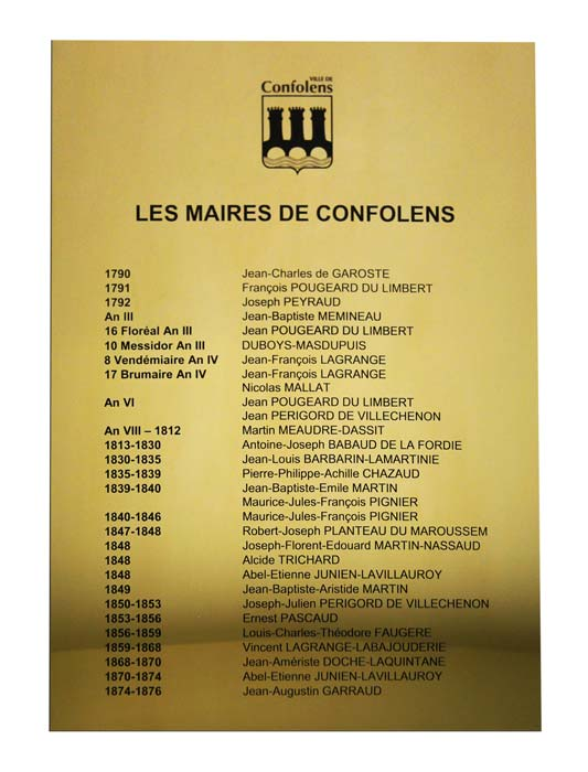 Plaque hommage en laiton pour la mairie de Confolens