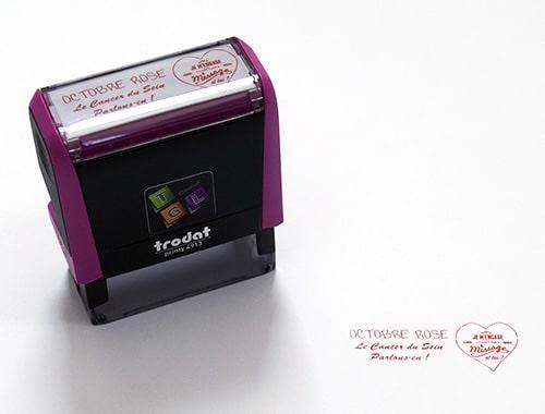 Tampon pour l'opération Octobre rose, sur un tampon Printy Fuchsia