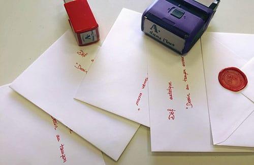 Enveloppes avec cachet cire TGL