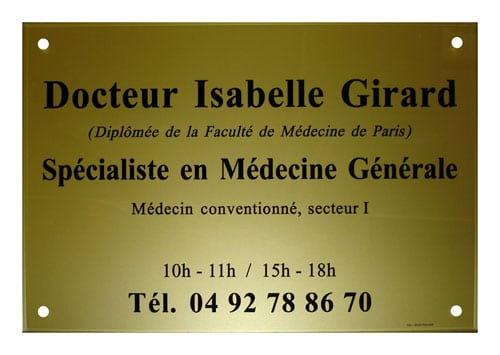 Exemple de plaque de médecin en plexiglass or