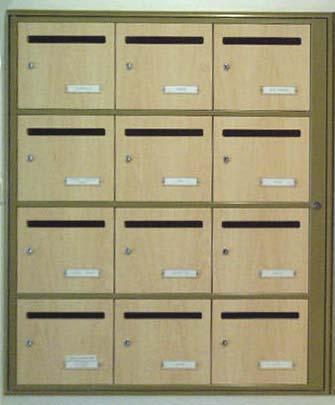 Nom sur boite aux lettres d'appartement : qui paye ?