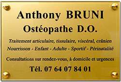 Plaque osteopathe en plexiglas or